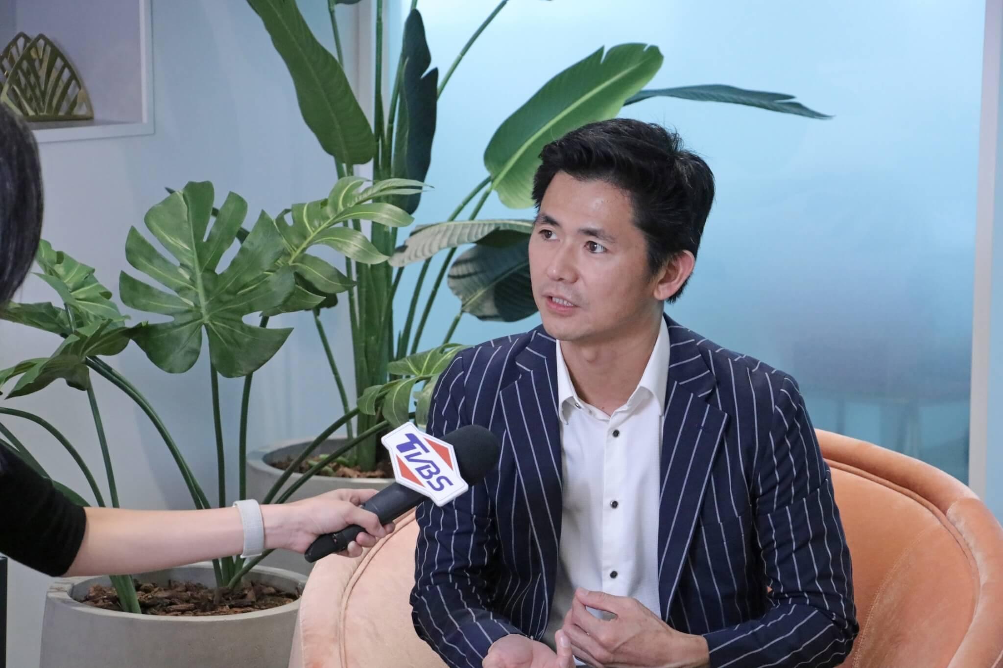 婕樂纖呂世博接受TVBS訪問