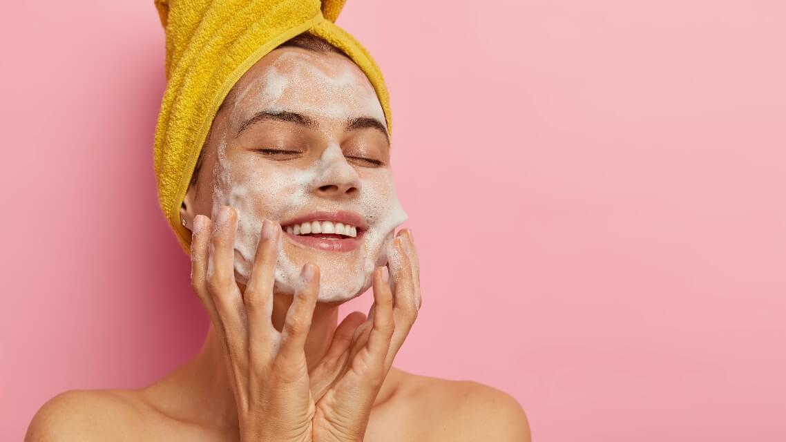 婕樂纖婕肌零+雪聚露 你有口罩肌症候群嗎?如何改善養出水潤亮澤肌?